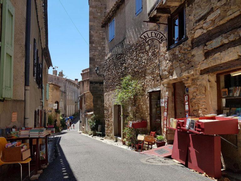 montolieu-village-du-livre-cabardes